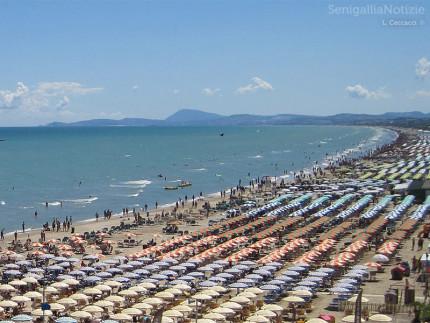 Foto-spiaggia-senigallia-luca-ceccacci-1