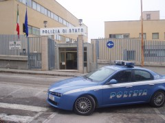 Questura di Ancona e volante, polizia, 113