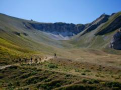 il Monte Bove, meta di escursioni, con l'impianto della funivia ora dismesso