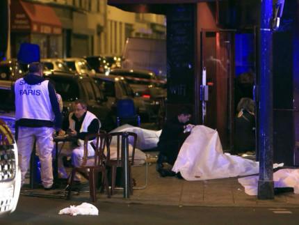 Attacchi terroristici a Parigi il 13 novembre 2015
