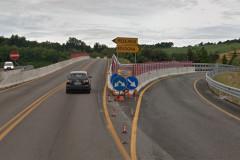Il casello di Ancona sud-Osimo sull'autostrada A14 con lavori stradali per la terza corsia