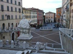 Ancona: piazza del Plebiscito, più conosciuta come piazza del Papa