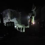 I soccorsi e i Vigili del fuoco ad Amatrice, Rieti, al lavoro per liberare dalle macerie persone e cose dopo il terremoto del 24 agosto 2016
