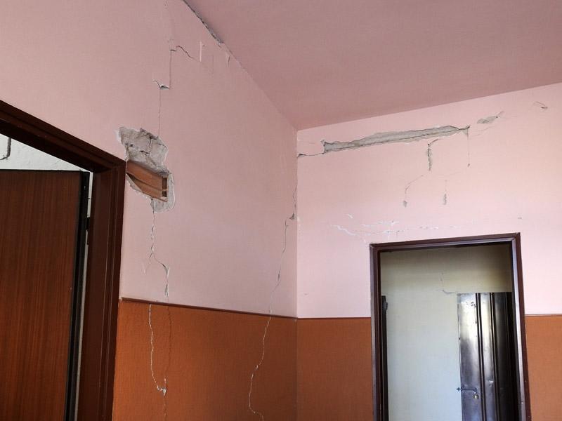 Terremoto 26705 le persone senza casa nelle marche marche notizie - Casa senza fondamenta terremoto ...