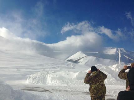 Soccorritori nella neve