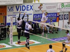Azione del Volley Potentino contro Grottazzolina