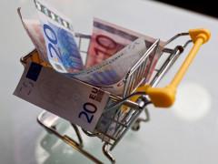 spesa, famiglie, soldi, aumenti, inflazione, risparmi