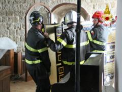 Recupero vetrata dala Chiesa Santa Chiara di Camerino