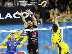 Azione della Lube durante la semifinale contro il Modena
