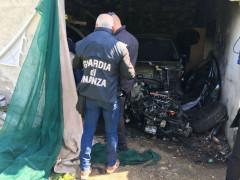 Auto rubate e smontate a Montegiorgio, rinvenute dalla GDF di Macerata