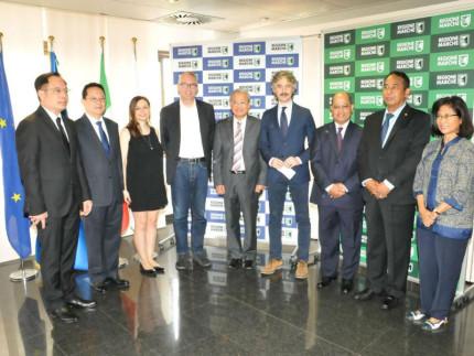 Ricevuti in Regione, dal presidente Ceriscioli e dall'assessora Bora, sei ambasciatori in Italia dell'area Asean (Sud Est asiatico)