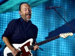 Il cantante Thom Yorke dei Radiohead