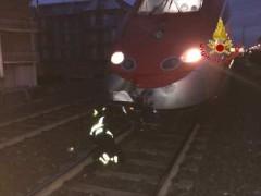 Uomo investito da un treno a Civitanova