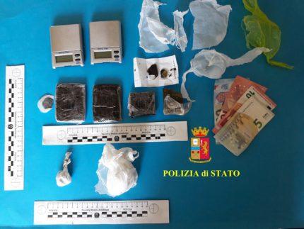 Arresto per spaccio di droga