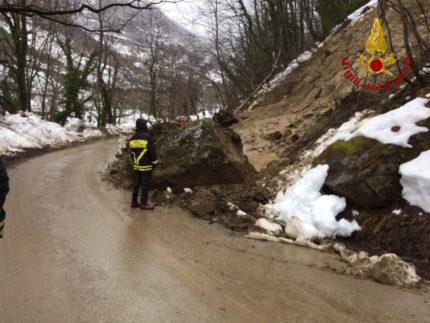 Diversi smottamenti hanno interessato la frazione di Pinto ad Acquasanta Terme