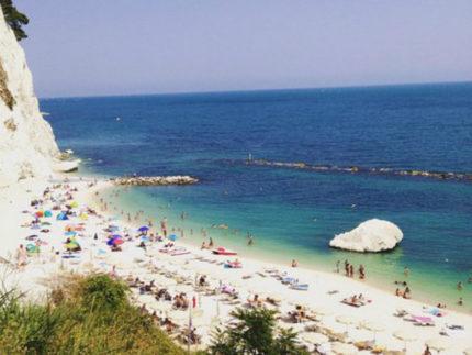 Spiaggia dei Frati di Numana