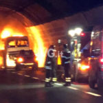 Incendio autobus studenti