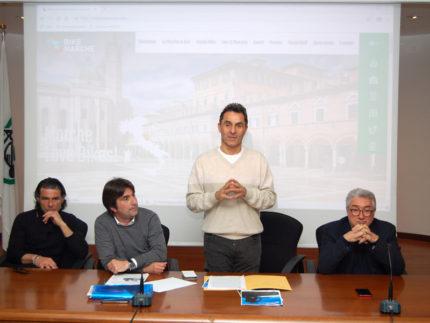 """Lancio del """"cluster bike"""" della Regione Marche"""