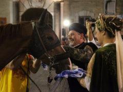 Un momento della Cavalcata dell'Assunta a Fermo