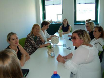 L'assessora Bora incontra una delegazione di sindache marchigiane neo elette