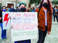 Manifestazione per la legge sull'aborto