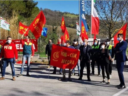 Protesta delocalizzazione Elica S.p.A