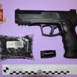 Pistola finta sequestrata a Fermo