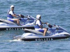 Moto d'acqua della Polizia di Stato